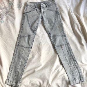 Spunky, stretchy, distressed jeans